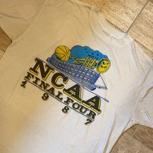 NCAA Tournament Vintage Large College Basketball